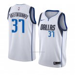 Camiseta Dallas Mavericks Kostas Antetokounmpo #37 Association 2018-19 Blanco