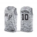 Camiseta San Antonio Spurs Demar Derozan #10 Earned Camuflaje