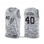Camiseta San Antonio Spurs Tyler Zeller #40 Earned Camuflaje
